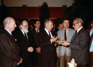 Jean Kahn et Shimon Peres lors de sa venue à Strasbourg en 1980.